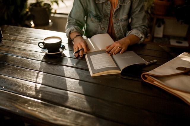 hoe word je een schrijver die goede boeken schrijft