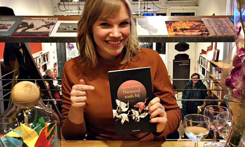 Debuteren met Niemand zoals hij in boekhandel Van Gennep in Rotterdam