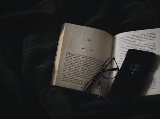 De structuur van een boek bestaat uit elf elementen.