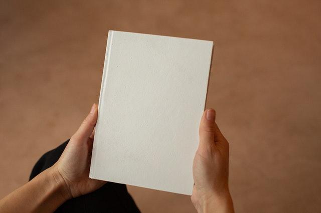 boek schrijven - hoe schrijf je een sterke synopsis voor dat je manuscript naar uitgeverij verstuurt